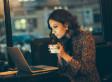 Studien zeigen traurigen Trend: Wir haben zugelassen, dass Burnout zum Statussymbol wird
