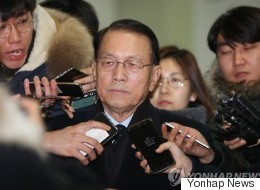 '블랙리스트 의혹' 김기춘이 위증 혐의로 특검에 고발되다