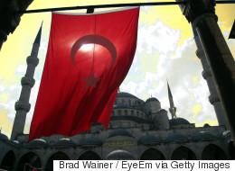 Προκλητική δήλωση από σύμβουλο του Ερντογάν: Η Κύπρος είναι πατρίδα τουρκική και έτσι θα παραμείνει