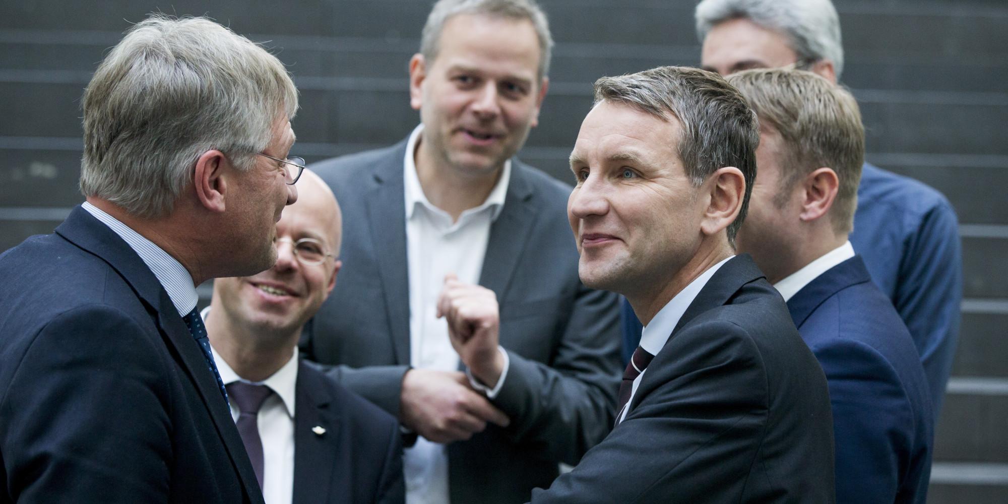 AfD-Vorstandsmitglied fordert Höcke-Rücktritt