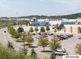 단돈 $100에 팔린 미국의 200,000 제곱미터 쇼핑몰
