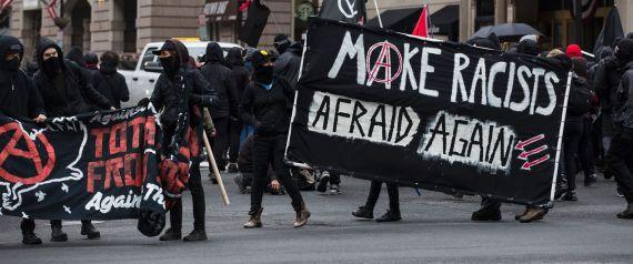 http://i.huffpost.com/gen/5037230/images/n-TRUMP-PROTEST-large570.jpg