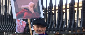 IAN MCKELLEN WOMENS MARCH