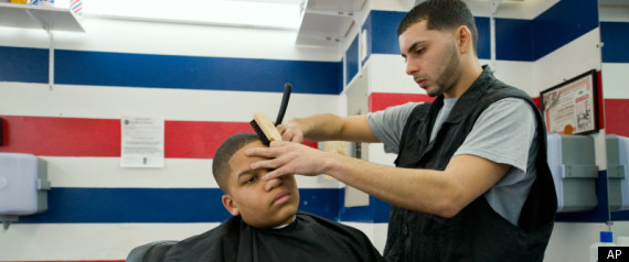 UNLICENSED LATINO BARBERS