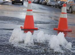 Une rupture de conduite d'eau affecte 100 000 Montréalais