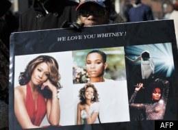 Whitney Houston: Une cérémonie de joie et de larmes (VIDÉOS)