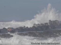 Camionnette contre vagues de 27 pieds: qui l'emporte?