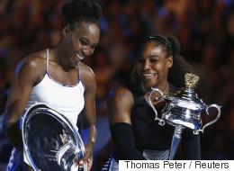 As irmãs Serena e Venus Williams. Uma vitória individual. E uma declaração de amor