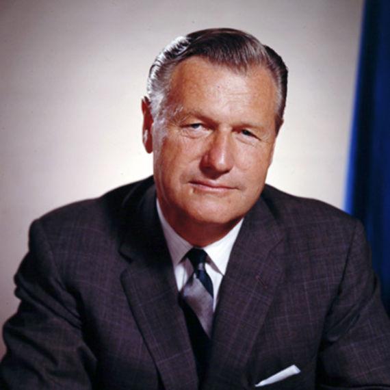 جيمس بوند الحقيقي: العميل 007 جرَّ أميركا للمشاركة في الحرب العالمية.. ومغامراته أكثر جرأةً من هوليوود! O-PIC-570