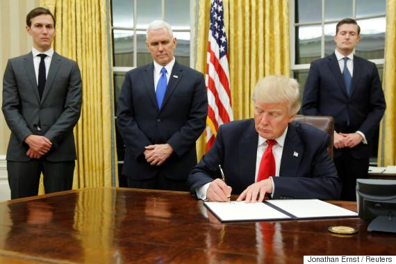 donald trump signs executive order