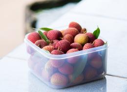 فاكهة تُباع في الأسواق تتسبَّب في موت مئات الأطفال سنوياً