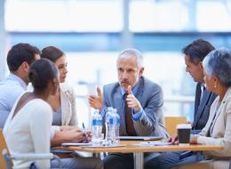 كيف سيتم تقييم مديرك في نهاية السنة؟.. 10 أشياء تحتاج إلى معرفتها عن رئيسك في العمل