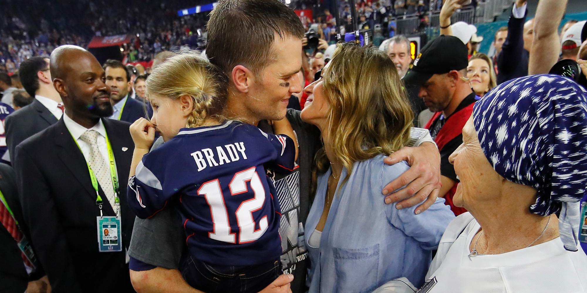 Gisele Bündchen Is Tom Brady's Number One Fan At Super Bowl LI Gisele Bundchen Facebook