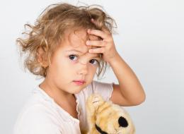الأطفال أيضاً يصابون بالصداع.. قد يكون إشارة إلى هذه الأمراض الخطيرة