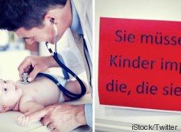 Mit diesem Schild bringt ein Berliner Kinderarzt den gefährlichen Irrtum aller Impfgegner auf den Punkt