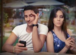 حتى تستمر العلاقة.. أشهر 10 كذبات بيضاء يقولها المُحبون لبعضهم