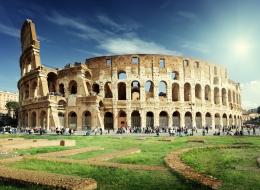 كانوا يغسلون أسنانهم بالبول! 6 حقائق مثيرة لا تعرفها عن الحياة في روما القديمة
