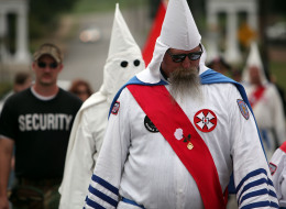 نصف الأميركيين يتوقعون الموت في هجوم إرهابي.. هل يعاني المجتمع الأبيض من  الـ