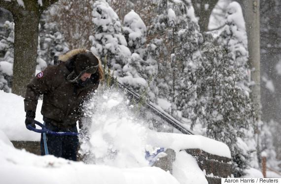 shovel canada snow
