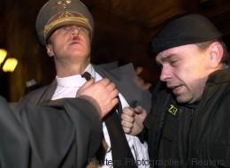 Un sosie d'Hitler arrêté en Autriche