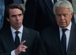 Iglesias acusa a Aznar y González de