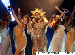 Le détail égocentrique que personne n'avait remarqué sur la robe de Beyoncé aux Grammy Awards