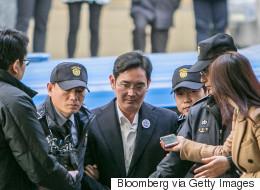 Στον ανακριτή μετά από μια νύχτα στο κελί ο επικεφαλής της Samsung