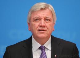 Volker Bouffier trommelt für Schwarz-Grün - und stellt eine Forderung an die Grünen