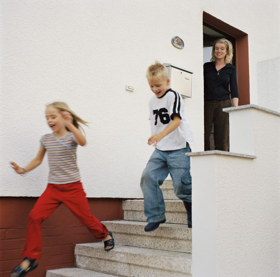 kid stairs running