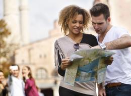 لا تقلق في سفرك بعد الآن.. تطبيقٌ جديد يوفر لك جميع المعلومات من خلال السكان المحليين