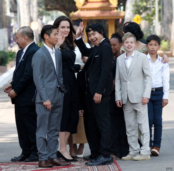 angelina hijos camboya
