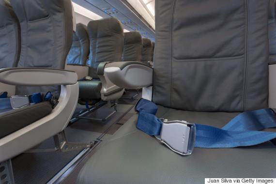 plane seatbelt