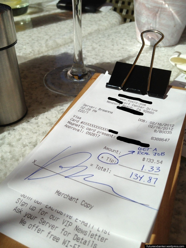 Photo Purportedly Showing Banker S 1 Lunch Bill Tip