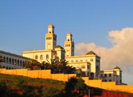 النقل نصاً جاوز 75%.. الأبحاث العلمية المسروقة تثني الجزائر عن الانضمام إلى أفضل 1400 جامعة بالعالم