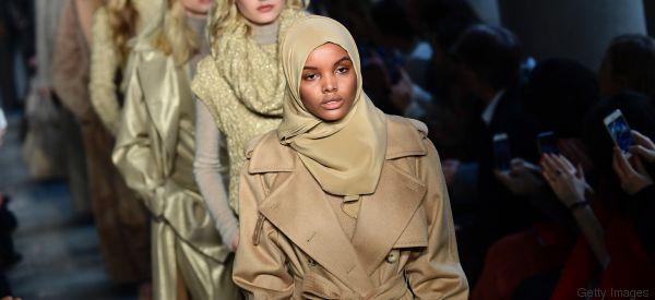 La rivincita di Halima nata in un campo profughi e ora modella alla Milano Fashion Week