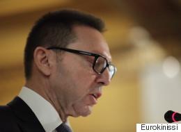 Στουρνάρας: Όρος επιβίωσης η παραμονή στο ευρώ. Σταδιακή μείωση φόρων για ανάπτυξη