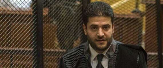 صرخوا في المحكمة فعاقبهم القاضي بالحبس.. السجن لابن محمد مرسي وقياديين آخرين في الإخوان