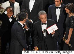 Αυτή ήταν η πιο άβολη στιγμή των Όσκαρ. Ο Warren Beatty έδωσε το βραβείο σε λάθος ταινία
