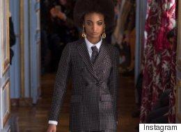 Semaine de mode de Paris: pour les femmes, la cravate est de mise