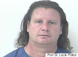 Arrestation d'un homme qui se faisait passer pour le batteur de Nickelback