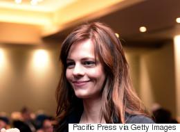 Αχτσιόγλου στο Bloomberg: Συλλογικές συμβάσεις για να αποφύγουμε τα κουπόνια