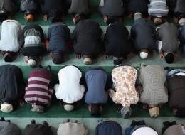 هذا ما اكتشفته دراسة جديدة حول حركات الجسد أثناء الصلاة.. فوائدها ستدهشك