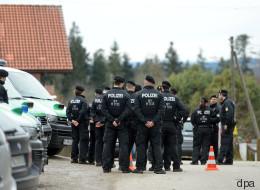 Königsdorf-PK im Live-Stream: Polizei spricht über Raubmord-Ermittlungen - so seht ihr's online
