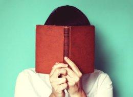 هل أنت خجول؟ قد يعني هذا أنك كاتب جيد.. هكذا يمكنك التفوق على أقرانك المفوّهين