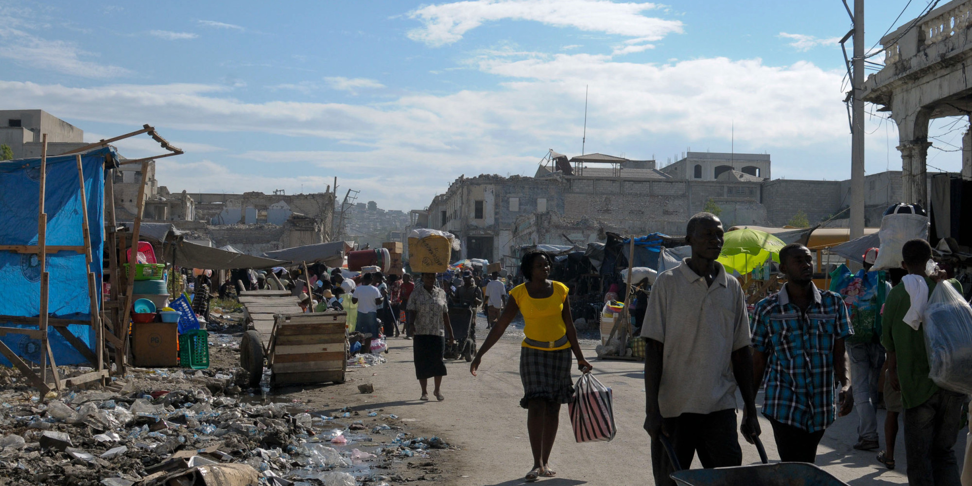 essay earthquake haiti Earthquake in haiti 2010 the earthquake in 2010 was a defining moment for haiti because it had a huge impact on them then and still does today the.