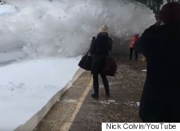 ► Incoming Train Showers Commuters With Avalanche Of Snow