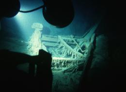 كائنات غامضة تلتهم حطام تيتانيك الفولاذي.. هكذا تتمكن من العيش بالمياه السحيقة