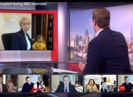 ماذا لو كان محلل BBC السياسي زوجةً وأمّاً؟ شاهد الفرق