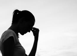 لا تستهن باضطراب ساعات نومك! 7 علامات تدلُّ على إصابتك بانهيارٍ عصبي