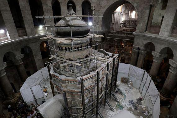 La tomba di Gesù riapre al pubblico dopo il restauro da 4 milioni di dollari
